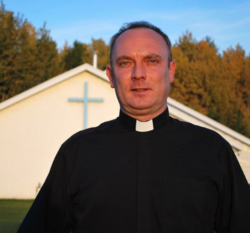 Father Tom Puslecki from Our Lady of Peace Parish in Innisfail
